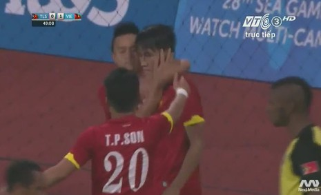 Quế Ngọc Hải 'lên đồng', U23 Việt Nam đè bẹp U23 Đông Timor - ảnh 8