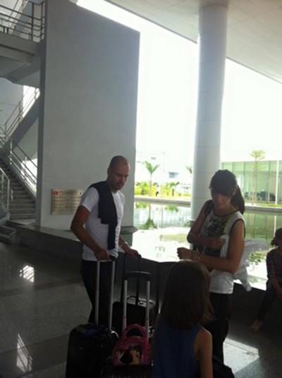 Nóng: HLV Pep Guardiola bất ngờ đến Việt Nam du lịch - ảnh 3
