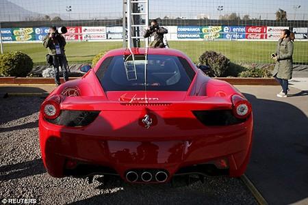 Lái 'siêu xe' gây tai nạn kinh hoàng, sao Juventus bị cảnh sát bắt - ảnh 2