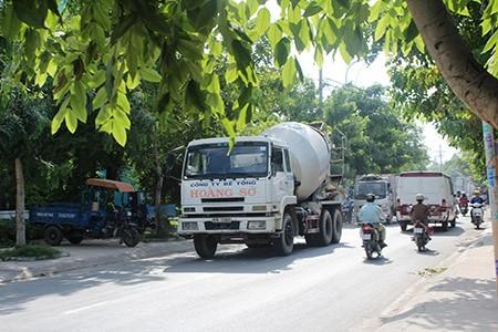 Xe ben, xe bồn, container ngang nhiên đi vào đường cấm - ảnh 12