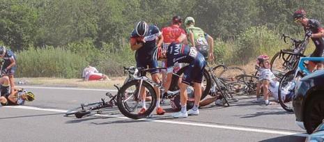 Tour de France bị tố quá tàn nhẫn - ảnh 2