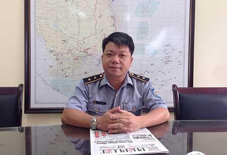 Tàu Trung Quốc muốn bít đường của ngư dân Việt  - ảnh 1