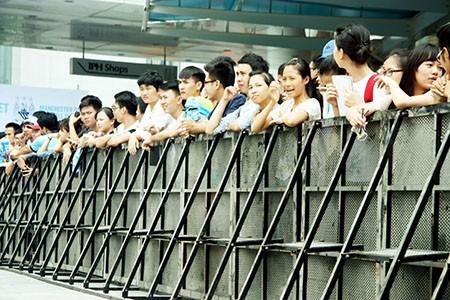 Cổ động viên Việt Nam háo hức chờ thần tượng Manchester City - ảnh 1