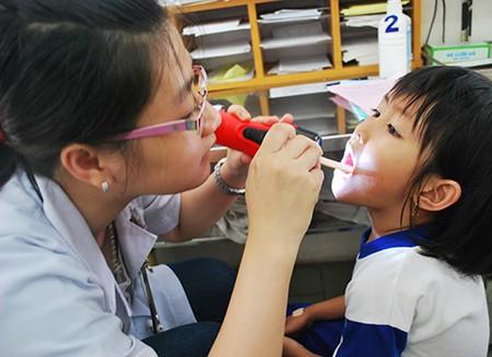 Hơn 41% học sinh ở TP.HCM bị viêm mũi dị ứng - ảnh 1