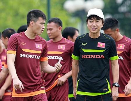 Chùm ảnh cầu thủ Việt Nam, Man City tập luyện cho trận đấu tối nay - ảnh 4