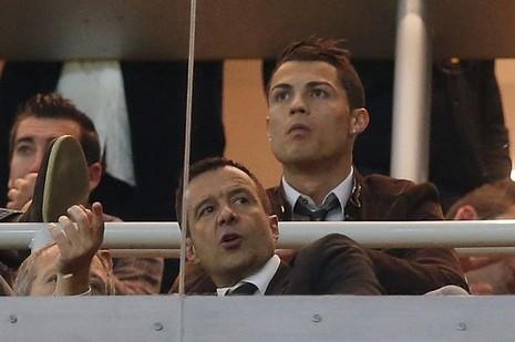 Cristiano Ronaldo được chọn là phù rể cho… siêu cò - ảnh 1