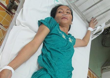 Vụ bé sơ sinh bị dao đâm vào đầu: Khởi tố nghi phạm tội 'giết người' - ảnh 1