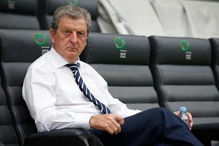Khủng hoảng chấn thương, Anh hoãn công bố đội hình đá vòng loại Euro 2016 - ảnh 1