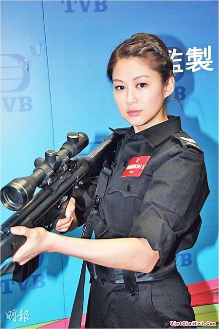 Hai diễn viên nổi tiếng đài TVB đến Việt Nam - ảnh 6
