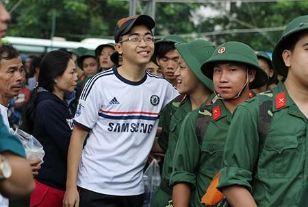 TP.HCM: Hơn 1.200 thanh niên tình nguyện nhập ngũ  - ảnh 27