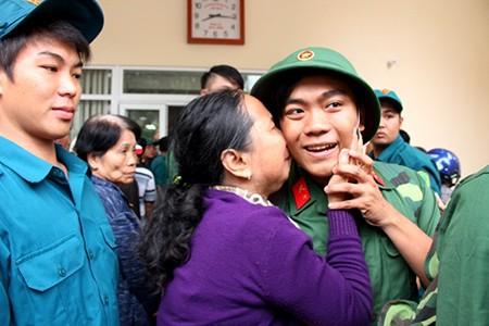 TP.HCM: Hơn 1.200 thanh niên tình nguyện nhập ngũ  - ảnh 10
