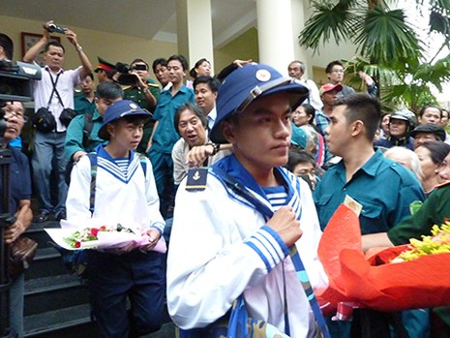 TP.HCM: Hơn 1.200 thanh niên tình nguyện nhập ngũ  - ảnh 11