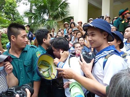 TP.HCM: Hơn 1.200 thanh niên tình nguyện nhập ngũ  - ảnh 13