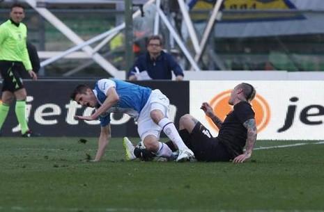 Luke Shaw và những cầu thủ dính chấn thương kinh hoàng - ảnh 2