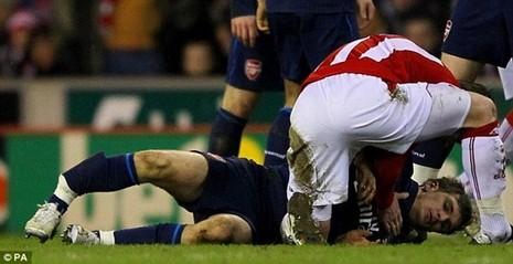 Luke Shaw và những cầu thủ dính chấn thương kinh hoàng - ảnh 3