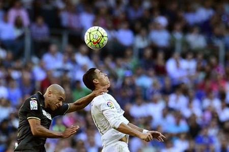 Real 1-0 Granada: Không có bàn thắng thứ 500 cho Ronaldo - ảnh 2