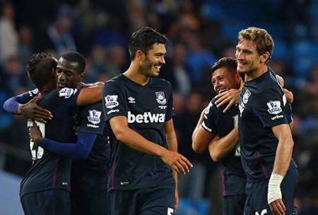 Man City 1-2 West Ham: Chủ nhà thua sốc - ảnh 1