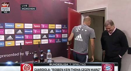 Guardiola rời khỏi cuộc họp báo vì tin đồn dẫn dắt tuyển Anh - ảnh 2