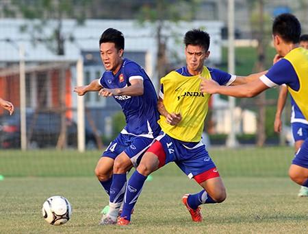 Chùm ảnh tuyển Việt Nam tập luyện chuẩn bị 'đấu' Thái Lan - ảnh 9