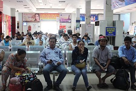Hành khách dễ dàng mua vé tàu tết tại ga Sài Gòn - ảnh 1