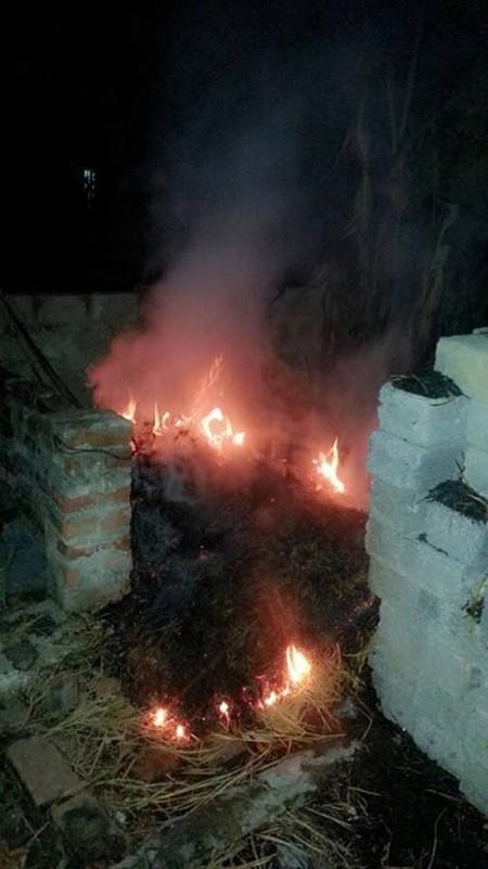 Xác định nguyên nhân căn nhà tự bốc cháy bí hiểm - ảnh 2