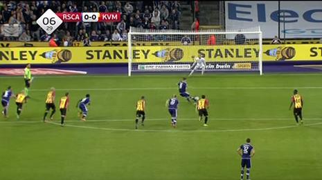 Thủ môn cản phá thành công ba quả Penalty trong một trận đấu - ảnh 2