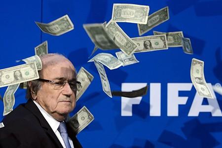 Sepp Blatter nguy cơ bị đình chỉ chức vụ 90 ngày - ảnh 1
