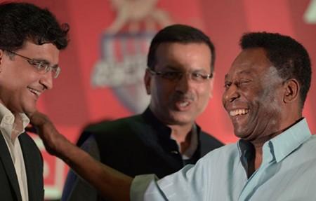 'Cò đã giết chết nền bóng đá Brazil' - ảnh 1