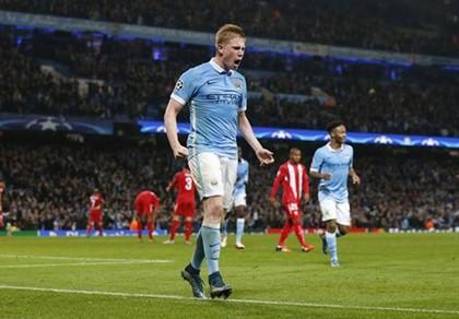 'Thắng derby Manchester không quyết định ngôi vô địch' - ảnh 1