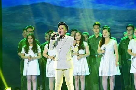 'Công chúa tóc mây' Hồng Minh đăng quang The Voice Kids 2015 - ảnh 3