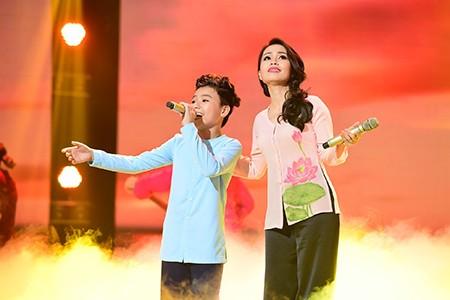 'Công chúa tóc mây' Hồng Minh đăng quang The Voice Kids 2015 - ảnh 10