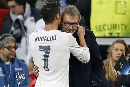 Real Madrid sẵn sàng bán Ronaldo với giá 80 triệu bảng - ảnh 2