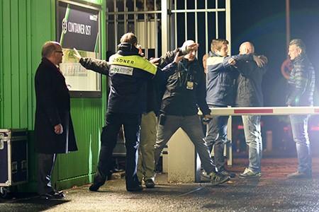 Chùm ảnh nước Đức báo động vì bị đe dọa khủng bố - ảnh 19