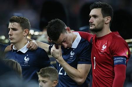 Những giọt nước mắt trên sân vận động Wembley - ảnh 1