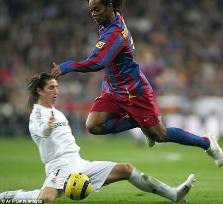 Ronaldinho bị Real Madrid từ chối vì quá… xấu - ảnh 4