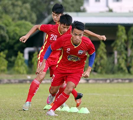 U21 HAGL - U21 Myanmar: Cuộc chiến khu trung tuyến - ảnh 5