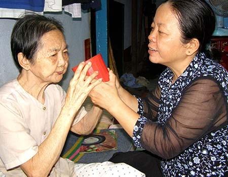 Tỉ lệ người thọ trên 100 tuổi ở Việt Nam cao hơn Hàn Quốc - ảnh 1