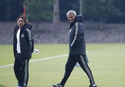 FIFA vào cuộc vụ nữ bác sĩ Eva Carneiro kiện Mourinho - ảnh 1