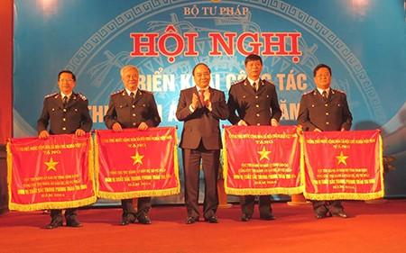 Phó Thủ tướng Nguyễn Xuân Phúc biểu dương thi hành án của Bộ Tư pháp - ảnh 2