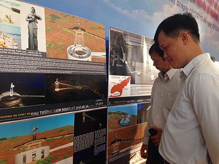 Khai mạc triển lãm thiết kế 'khu tưởng niệm nghĩa sĩ Hoàng Sa' - ảnh 2