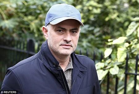 Thật hư chuyện Man United liên hệ với Mourinho - ảnh 2