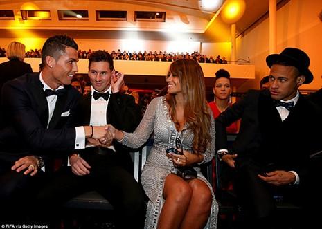 Messi lần thứ 5 giành Quả bóng vàng FIFA 2015, hụt giải Puskas - ảnh 4