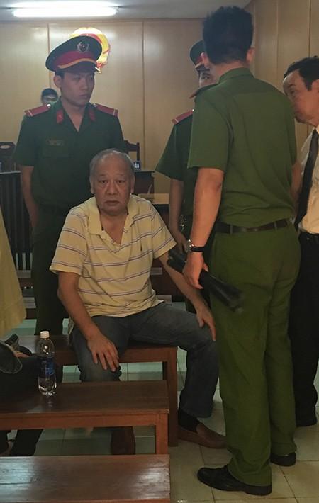 Việt kiều Pháp trộm cước quốc tế 10 tỉ đồng trốn 15 năm - ảnh 1