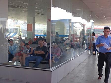 Bắt đầu vận chuyển 1,4 triệu hành khách về quê ăn tết - ảnh 3