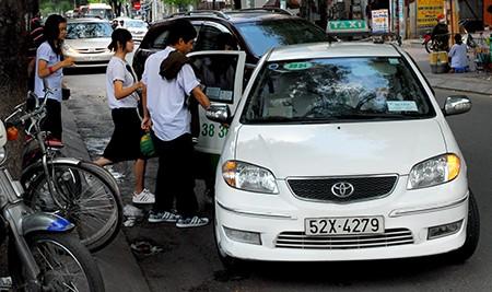 """Sửa quy định để """"siết"""" giá cước taxi - ảnh 2"""