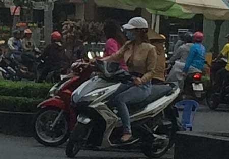 Bài 1: 'Chợ' mại dâm di động  lớn nhất Sài Gòn - ảnh 3