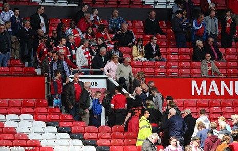 Nghi bị gài bom, trận cuối cùng của Man United bị hủy - ảnh 6