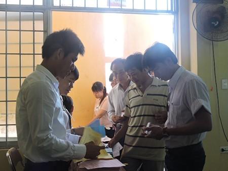 Ngư dân đảo Lý Sơn nô nức tham gia bỏ phiếu bầu cử - ảnh 3