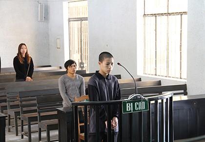 Hiếp dâm bé gái 3 tuổi, lãnh án 13 năm tù giam - ảnh 1