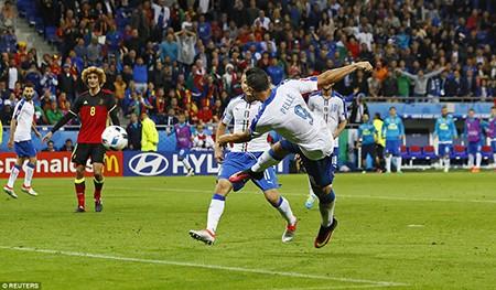 Ý 2-0 Bỉ: Bản lĩnh thiên thanh! - ảnh 4